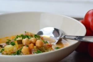 Suppe med kikærter og kartoffel - Minestra di ceci e patate