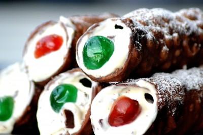 Opskrift på sprøde sicilianske Cannoli med Ricotta creme