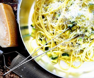 Sommerpasta med zucchine